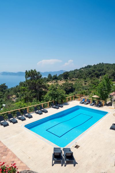 Faralia hotel pool and sea view